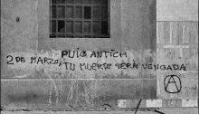Foto: Enric de Santos. Libro 'Pintades. Pintadas. Barcelona de Puig Antich al Referéndum