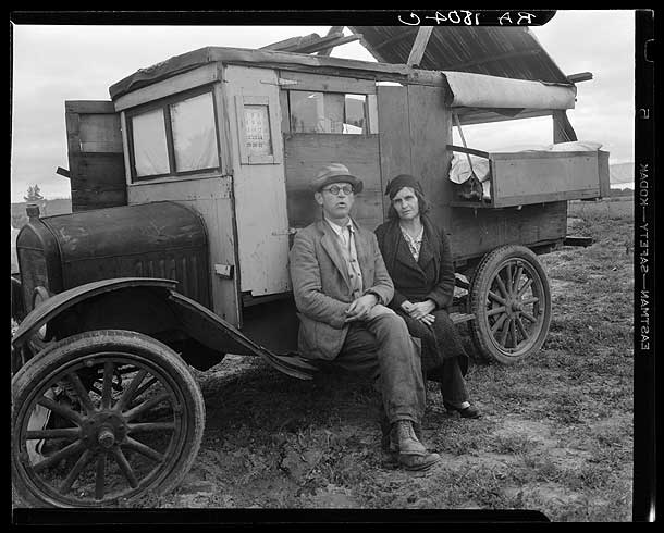 Pea pickers in California. Mam, I've picked peas from Calipatria to Ukiah. This life is simplicity boiled down. California-Dorothea Lange 1936  [Library of Congress, Prints & Photographs Division, FSA-OWI Collection]