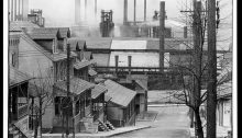 Bethlehem houses and steel mill. Pennsylvania-Walker Evans 1935 [Library of Congress, Prints & Photographs Division, FSA-OWI Collection]