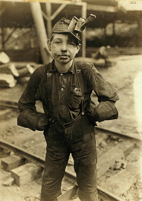 Child worker coal mine Turkey Knob MacDonald, 1908. Lewis Hine
